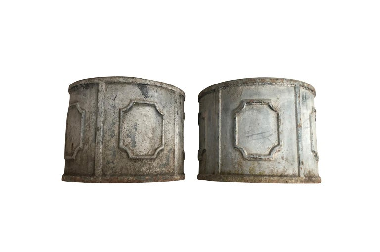 Pair of Early 20th Century French Iron Jardinières In Good Condition For Sale In Atlanta, GA