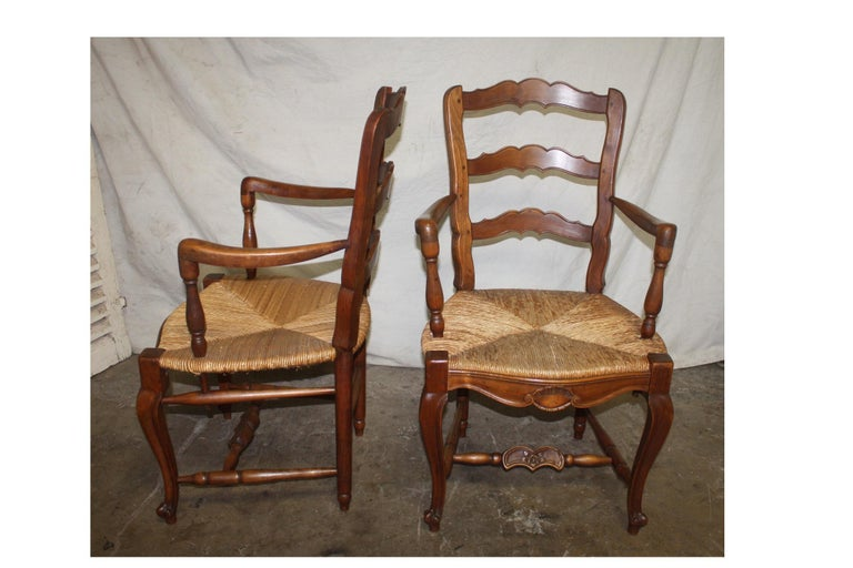 Straw Pair of Early 20th Century French Provencal Armchairs For Sale