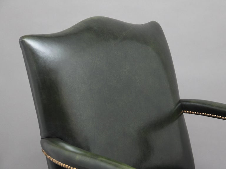 Pair of Early 20th Century Gainsborough Armchairs For Sale 3