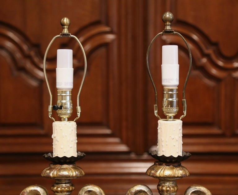 Pair of Early 20th Century Italian Carved Patinated Silver and Gilt Table Lamps For Sale 6