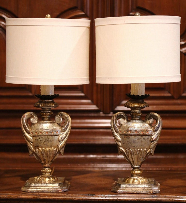 Gold Leaf Pair of Early 20th Century Italian Carved Patinated Silver and Gilt Table Lamps For Sale