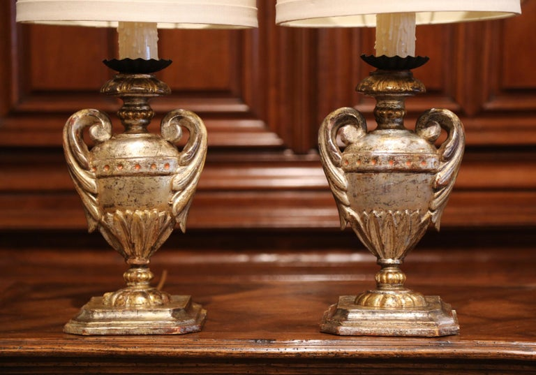 Pair of Early 20th Century Italian Carved Patinated Silver and Gilt Table Lamps For Sale 1