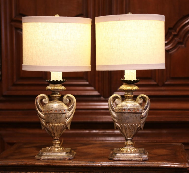 Pair of Early 20th Century Italian Carved Patinated Silver and Gilt Table Lamps For Sale 2