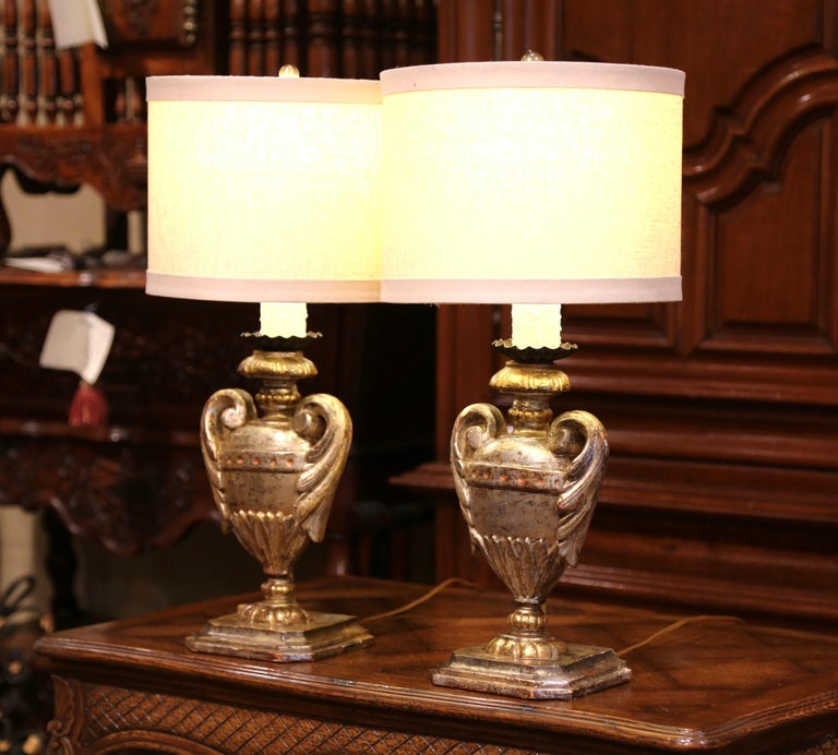 Pair of Early 20th Century Italian Carved Patinated Silver and Gilt Table Lamps For Sale 3
