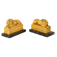 Pair of Early 20th Century Italian Lions Sculptures Golden Metal Marble Bases