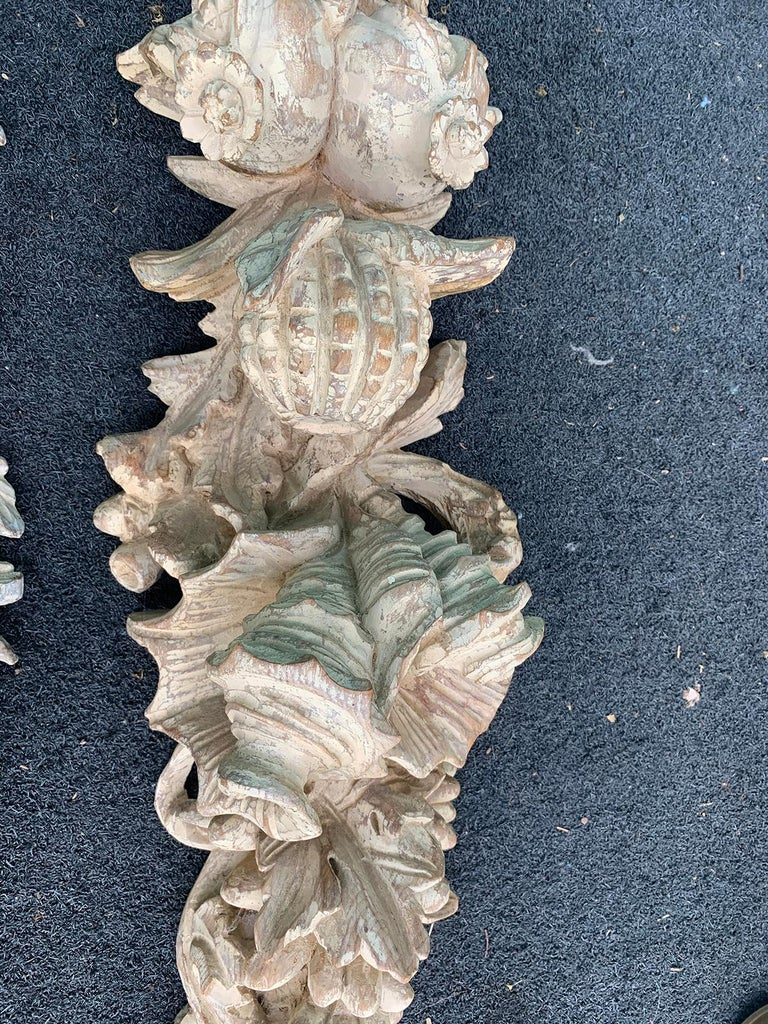 Pair of Early 20th Century Italian Palladio Hand Carved Wooden Wall Appliques For Sale 7