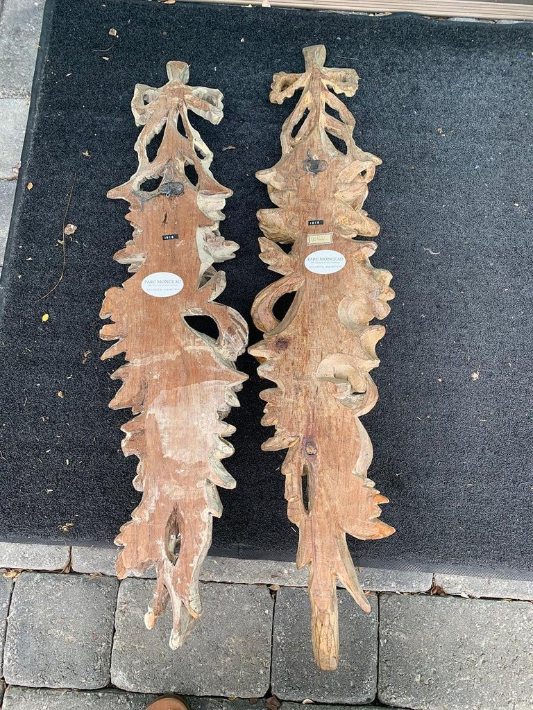 Pair of Early 20th Century Italian Palladio Hand Carved Wooden Wall Appliques For Sale 10