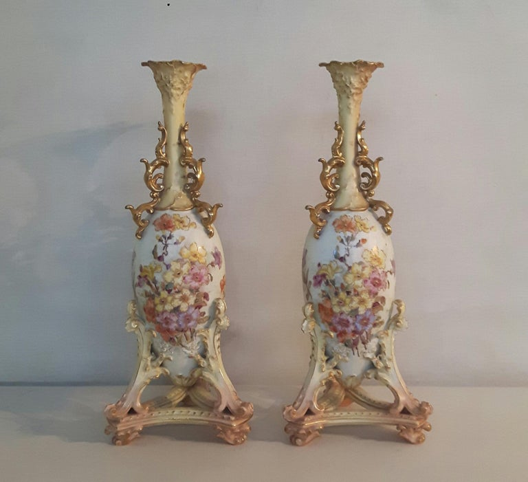 German Pair of Early 20th Century Rudolfstadt Vases For Sale