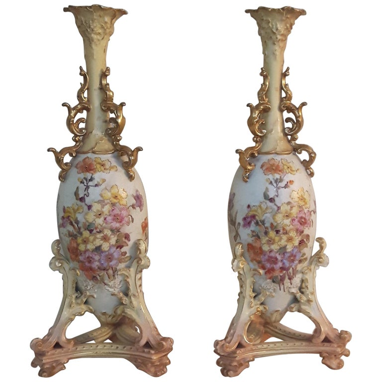 Pair of Early 20th Century Rudolfstadt Vases For Sale