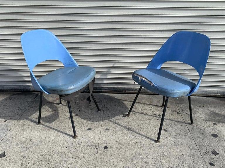 Mid-Century Modern Pair of Early Eero Saarinen, Chairs, Model 72 P*PSB For Sale
