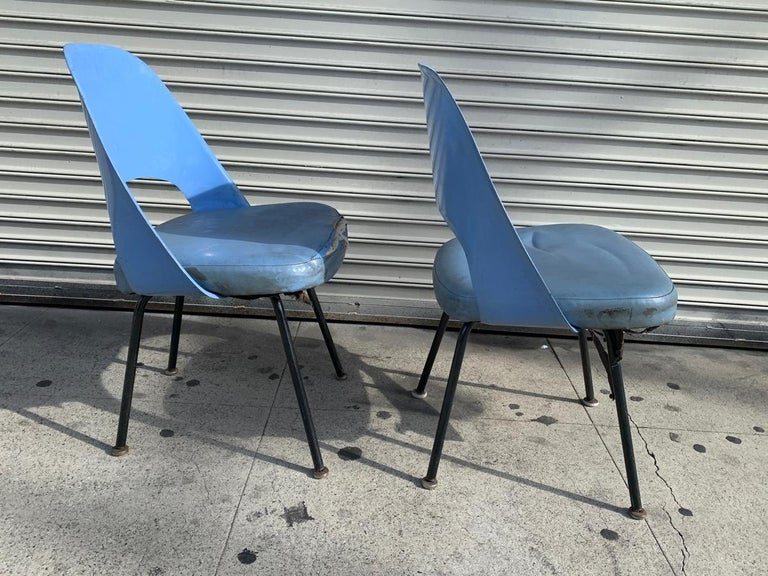 Pair of Early Eero Saarinen, Chairs, Model 72 P*PSB In Fair Condition For Sale In Los Angeles, CA