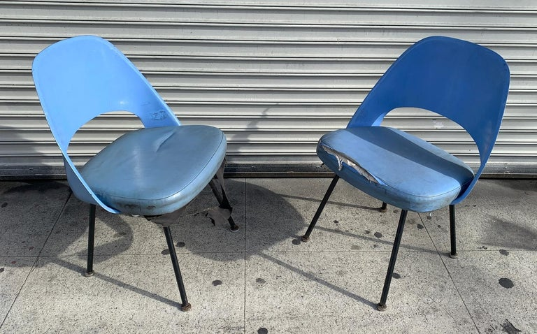 Pair of Early Eero Saarinen, Chairs, Model 72 P*PSB For Sale 1