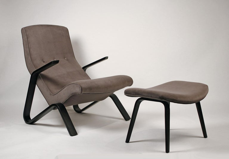 Mid-Century Modern Pair of Early Eero Saarinen Grasshopper Chairs for Knoll with Rare Black Frames For Sale