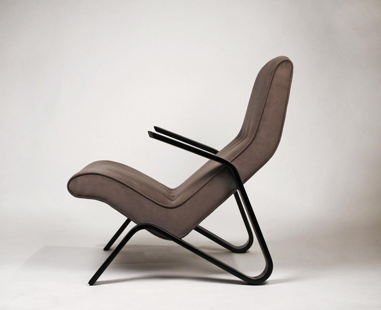 Pair of Early Eero Saarinen Grasshopper Chairs for Knoll with Rare Black Frames In Excellent Condition For Sale In Dallas, TX