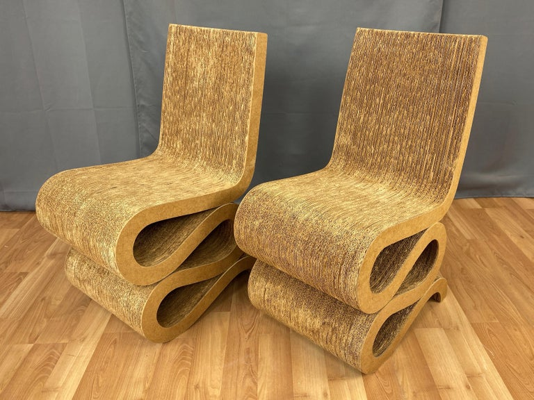 Pair of Early Frank Gehry Easy Edges Wiggle Side Chairs, 1972 For Sale 4