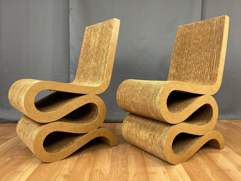 Mid-Century Modern Pair of Early Frank Gehry Easy Edges Wiggle Side Chairs, 1972 For Sale
