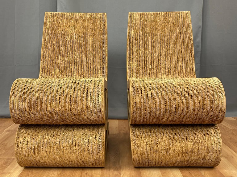 Pair of Early Frank Gehry Easy Edges Wiggle Side Chairs, 1972 For Sale 1