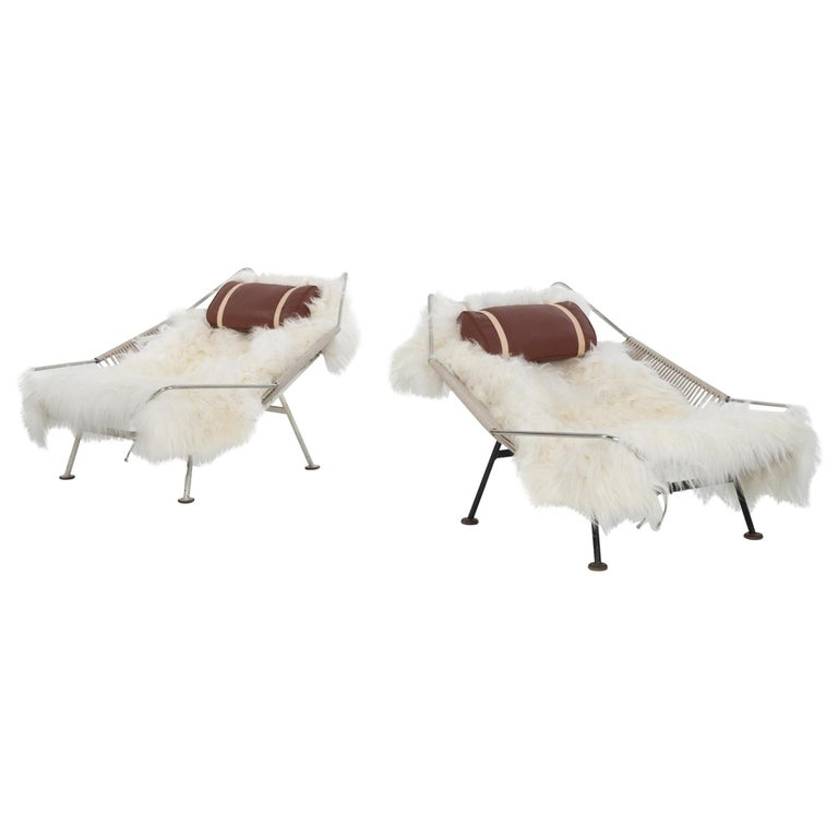 Pair of Hans Wegner Flag Halyard chairs, ca. 1950, offered by CONVERSO