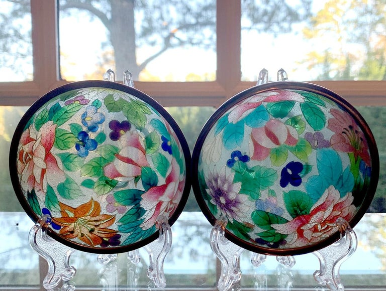Pair of Early Japanese Plique-a-Jour Bowls from Nagoya For Sale 4