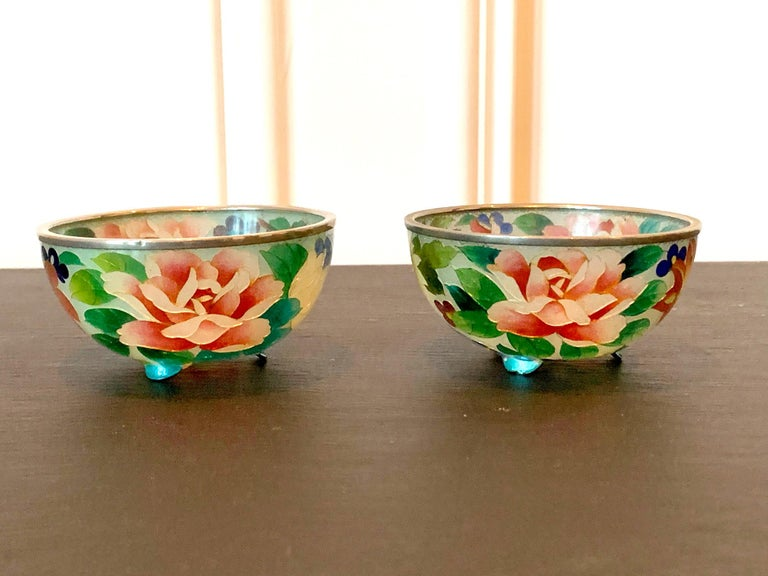A pair of small but exquisite Plique-a-jour cloisonné bowls with nearly identical design from Nagoya area in Japan circa 1900-20s. Maker's unknown but possibly by Ando company. The technique was hard to master as no wires were used to hold together