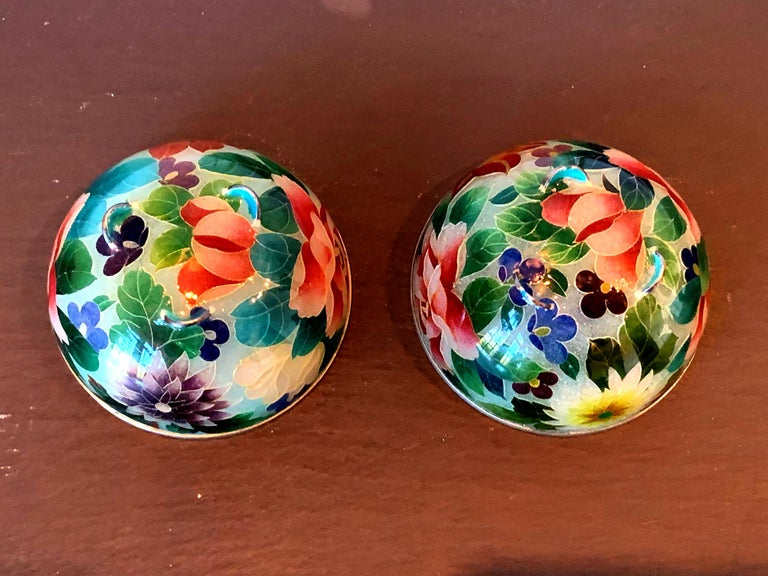 Pair of Early Japanese Plique-a-Jour Bowls from Nagoya For Sale 2