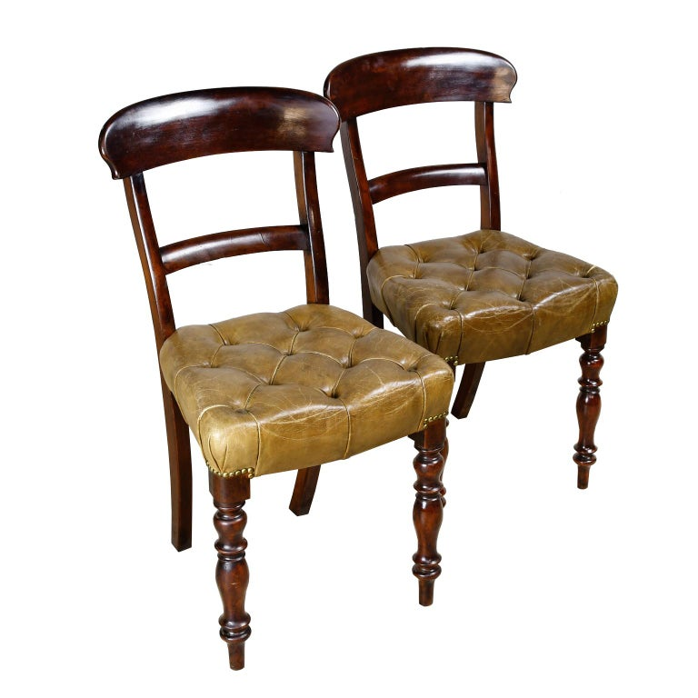 Pair of Early Victorian Mahogany Chairs with Leather Upholstery, England For Sale 6