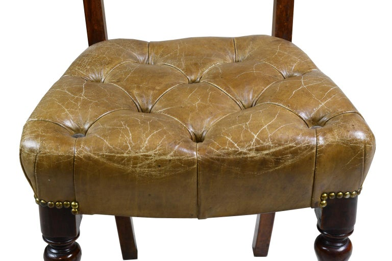 English Pair of Early Victorian Mahogany Chairs with Leather Upholstery, England For Sale