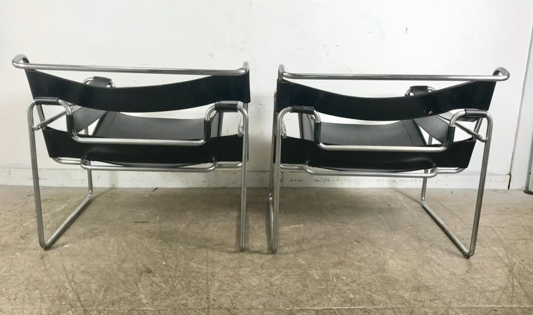 Pair of Early Wassily Chairs by Marcel Breuer for Knoll, Leather and Chrome For Sale 2