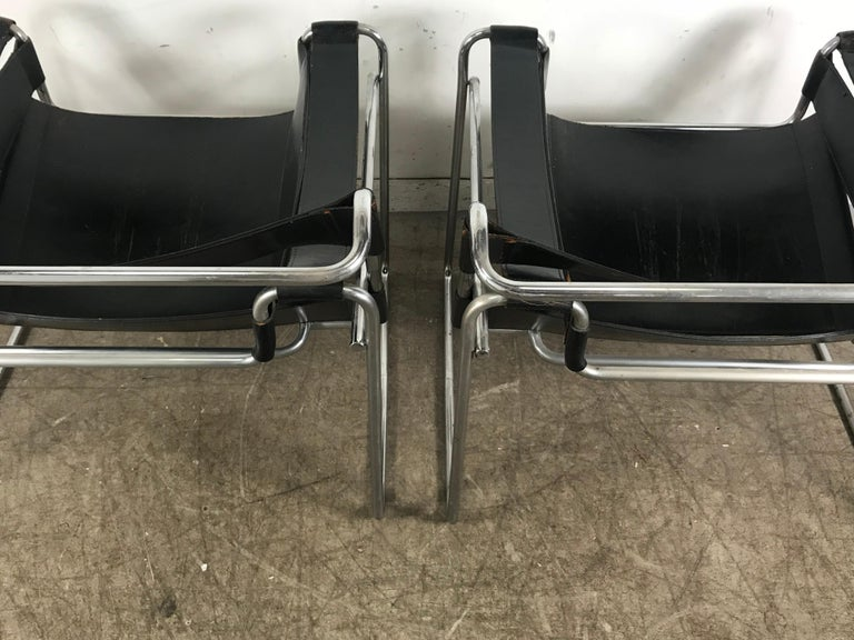 Pair of Early Wassily Chairs by Marcel Breuer for Knoll, Leather and Chrome For Sale 3