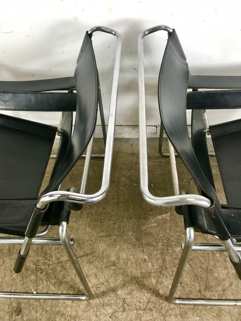 Pair of Early Wassily Chairs by Marcel Breuer for Knoll, Leather and Chrome For Sale 1