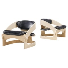 Pair of Easy '4801' Chairs by Joe Colombo