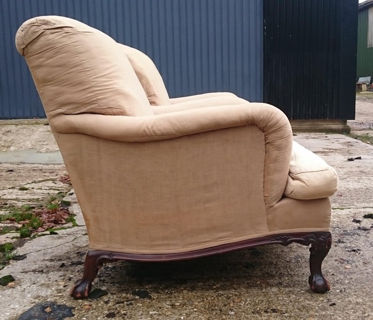 20th Century Pair of Easy Armchairs Made by Howard and Sons of London For Sale