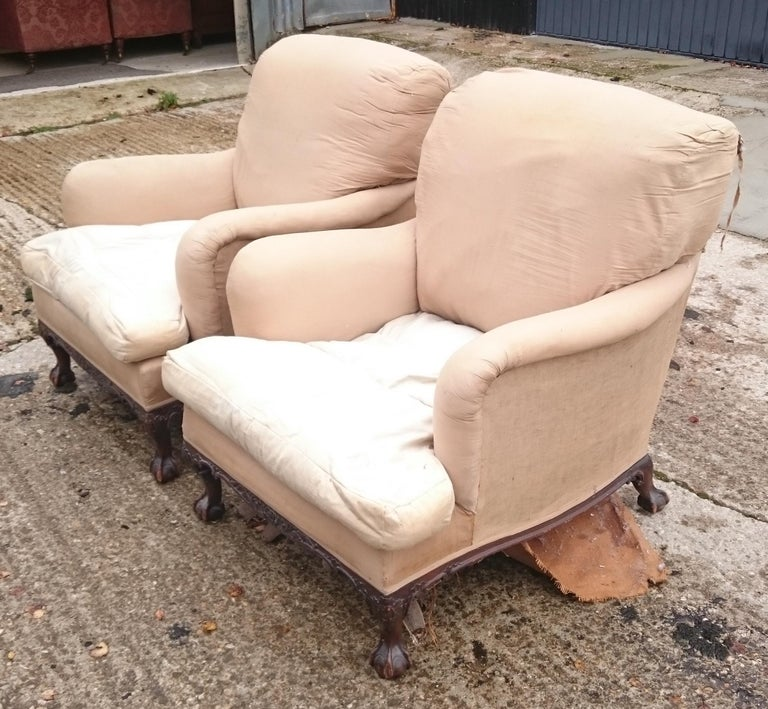 Pair of Easy Armchairs Made by Howard and Sons of London For Sale 2