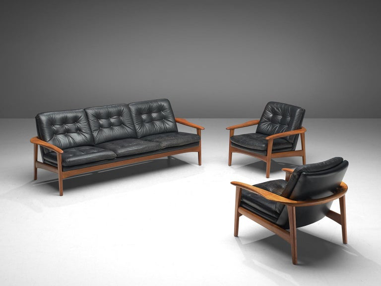 Pair of Easy Chairs in Black Leather and Teak, Denmark, 1960s For Sale 1