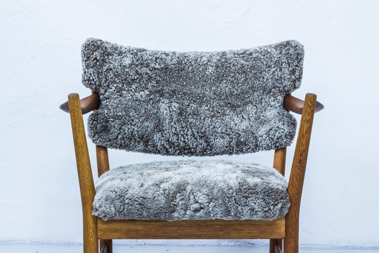 Pair of Easy Chairs with Sheepskin by Fredrik Kayser & Adolf Relling, Norway For Sale 5