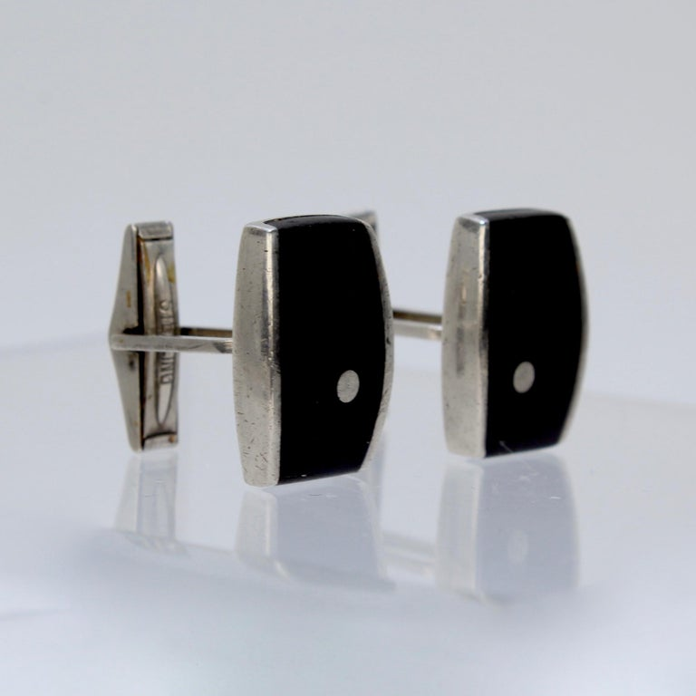 Pair of Ed Wiener Modernist Sterling Silver and Ebony Wood Cufflinks In Good Condition For Sale In Philadelphia, PA