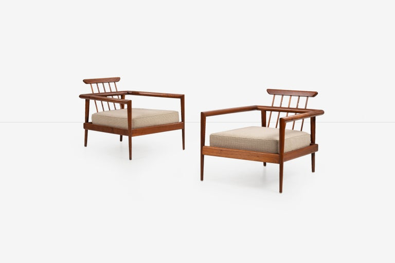 Mid-Century Modern Pair of Edmond Spence Lounge Chairs