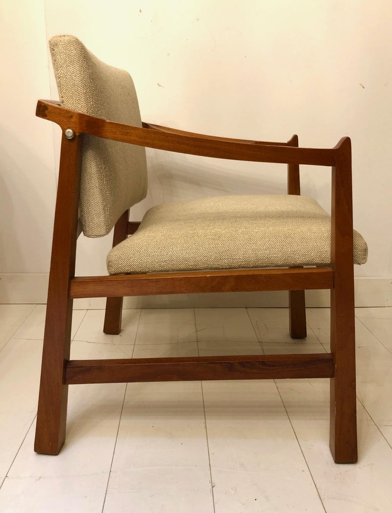 Pair of Edmond Spence Mahogany Mayan Chairs In Good Condition For Sale In Hudson, NY