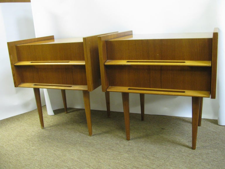 Swedish Pair of Edmond Spence Mid-Century Modern Night Tables, Made in Sweden For Sale