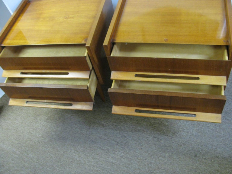 Mid-20th Century Pair of Edmond Spence Mid-Century Modern Night Tables, Made in Sweden For Sale