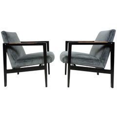 Pair of Edward Wormley for Dunbar Mahogany Mid-Century Modern Lounge Armchairs