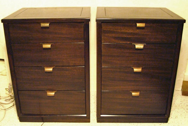 20th Century Pair of Edward Wormley Small Scale Chests for Drexel For Sale