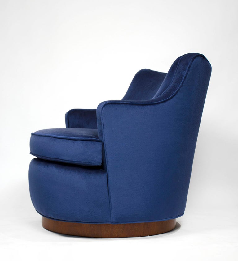 Pair of Edward Wormley Swivel Chairs for Dunbar in Blue Velvet In Good Condition For Sale In Dallas, TX