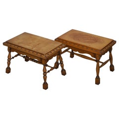 Pair of Edwardian circa 1910 English Oak and Leather Large Side Tables Studded