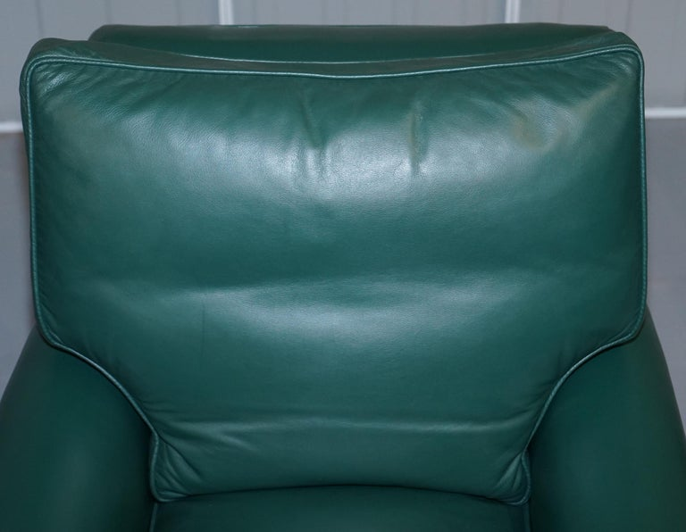 Pair of Edwardian circa 1910 Soft Green Leather Feather Filled Cushion Armchairs In Good Condition For Sale In London, GB