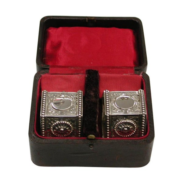 Pair of Edwardian Embossed Silver Napkin Rings, 1905, Marks Jacobinsky, London