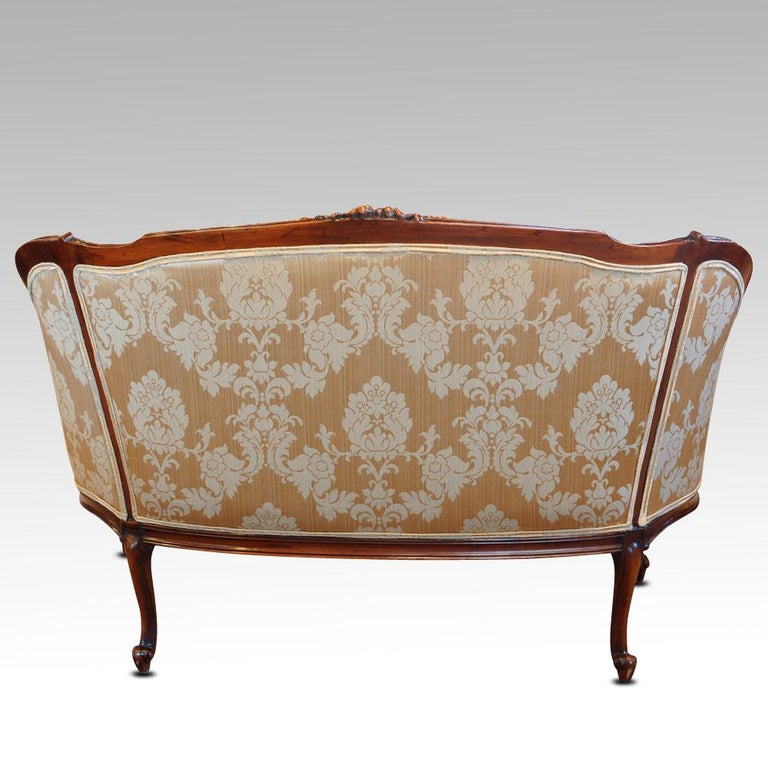 Pair of Edwardian Walnut Small Sofas For Sale 6