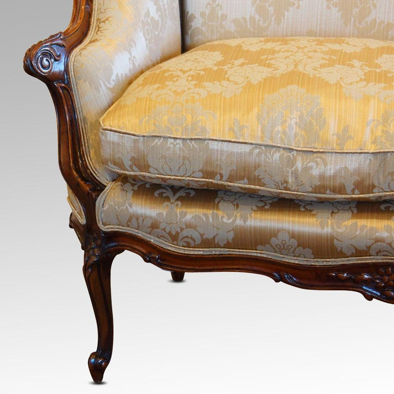Pair of Edwardian Walnut Small Sofas For Sale 1