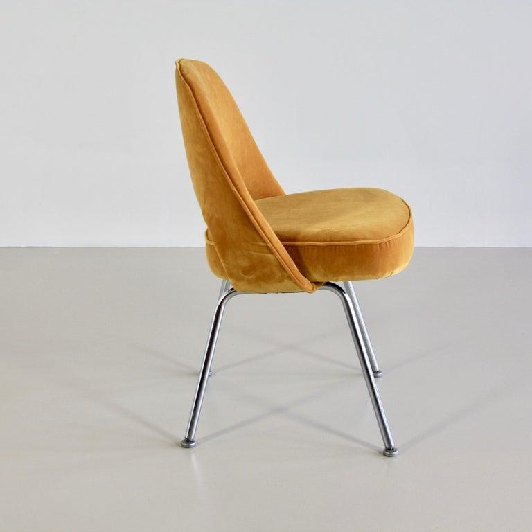 Pair of Eero Saarinen Conference Chairs, Knoll International In Good Condition For Sale In Berlin, Berlin