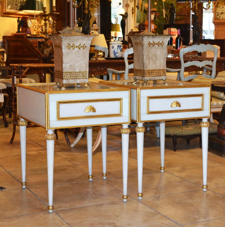 Pair of Elegant French Louis XVI Style Milk Glass Mounted Giltwood Tables For Sale 11